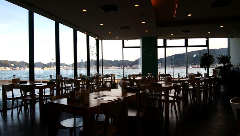 イルカの見えるレストラン 海響館