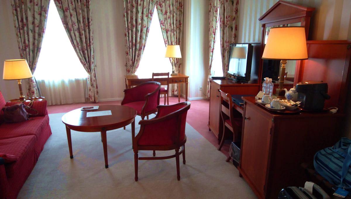 ホテルアムステルダムのローラアシュレイルーム室内写真