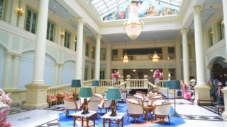 ホテルアムステルダムのエントランス