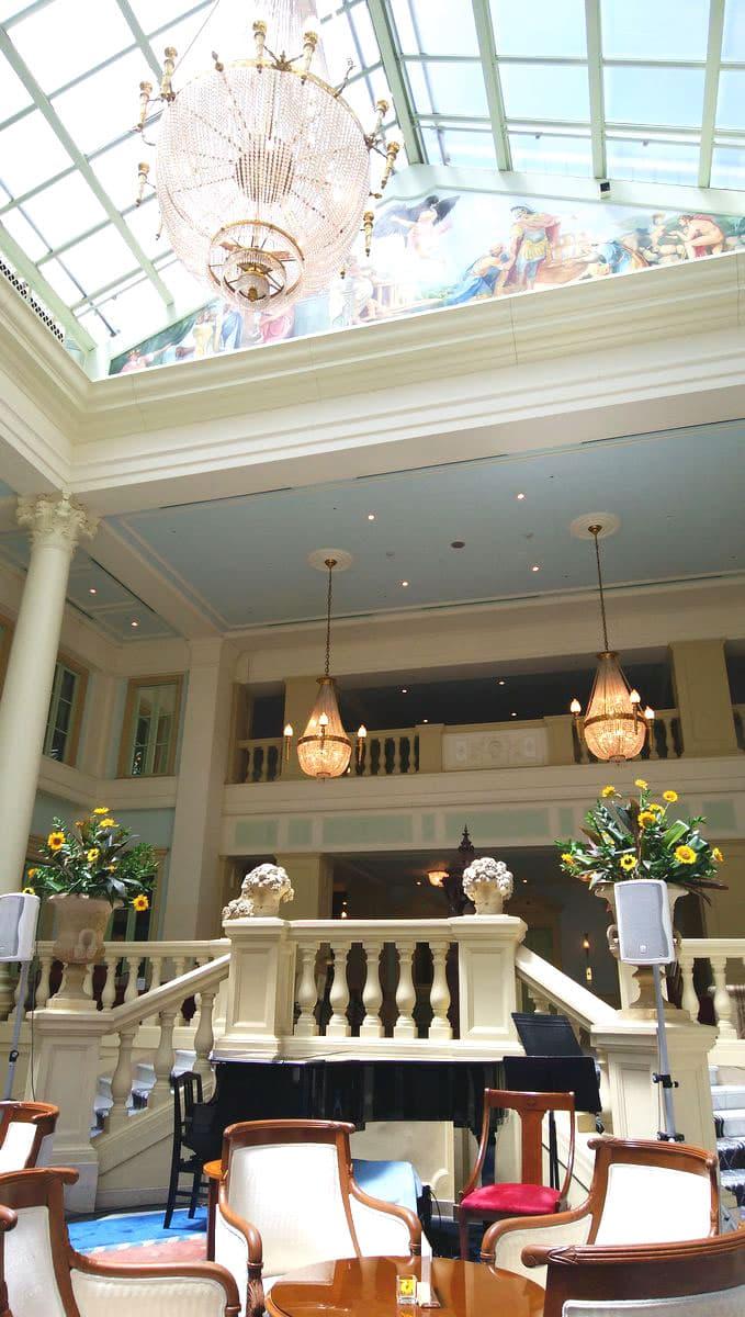 ホテルアムステルダムの1Fロビー
