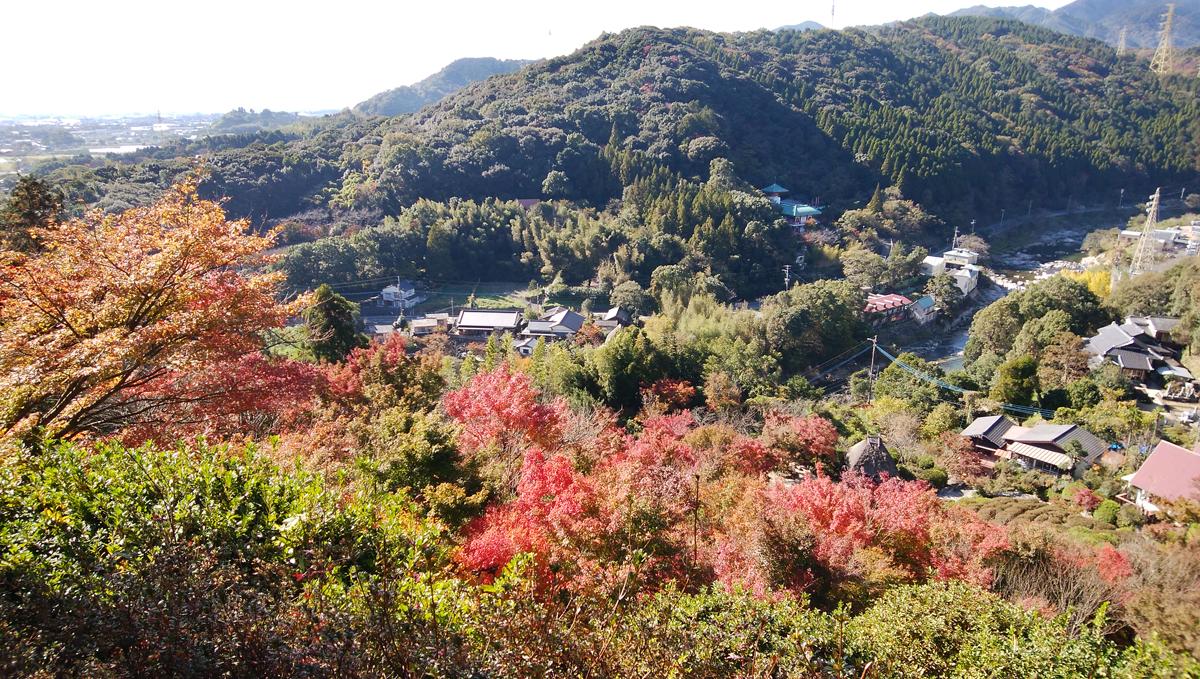 十可苑 2019年11月 紅葉を楽しむ 孫の滝