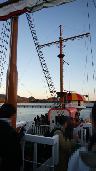 ONE PIECE サウザンド サニー号に乗船体験 ハウステンボス