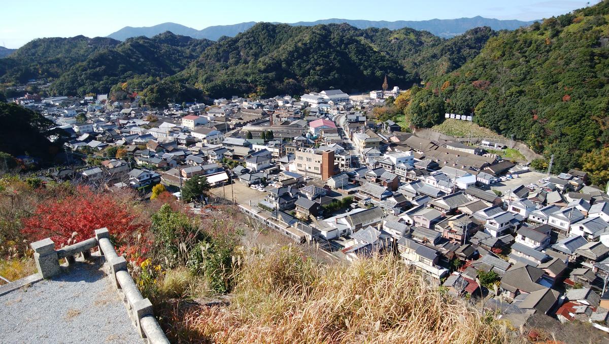 陶山神社  陶祖李参平碑からの景色
