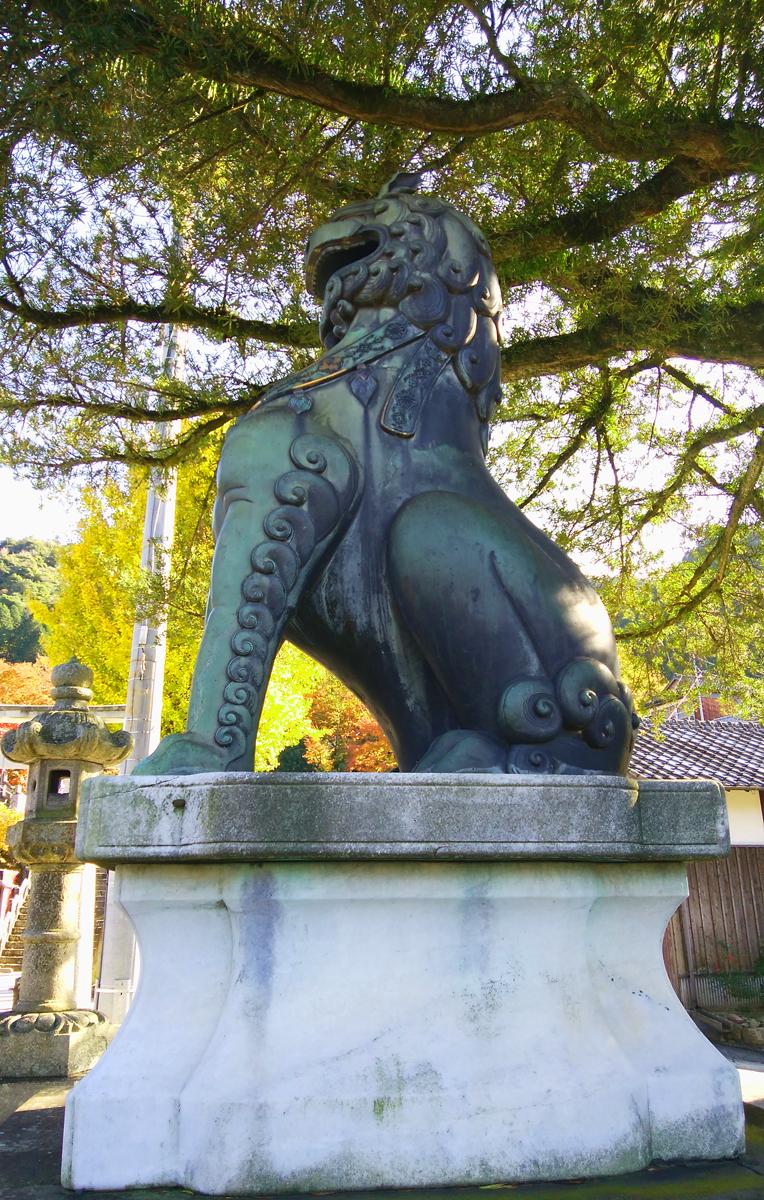 陶山神社 日本一の青銅狛犬